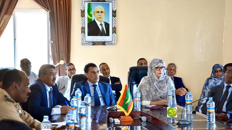 السيدة وزيرة البيئة والتنمية المستدامة تلتقي بالسلطات الادارية وممثلين عن سلطة منطقة نواذيبو الحرة