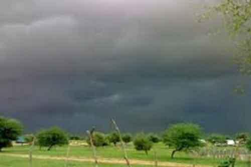 تساقط كميات من الأمطار على مناطق متفرقة من الوطن